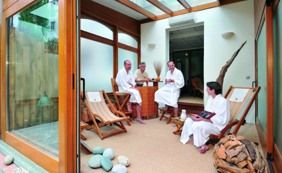 spa espace amphorm massage bien tre enghien les bains. Black Bedroom Furniture Sets. Home Design Ideas